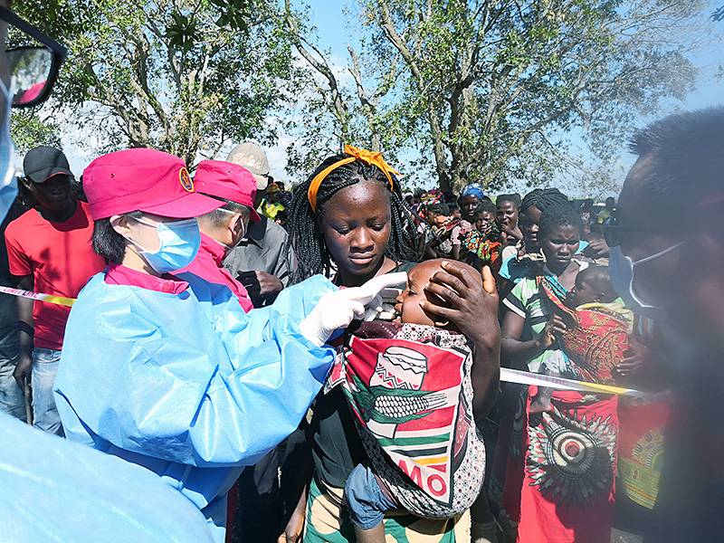 Chinese rescuers, donations help victims of Cyclone Idai in Mozambique