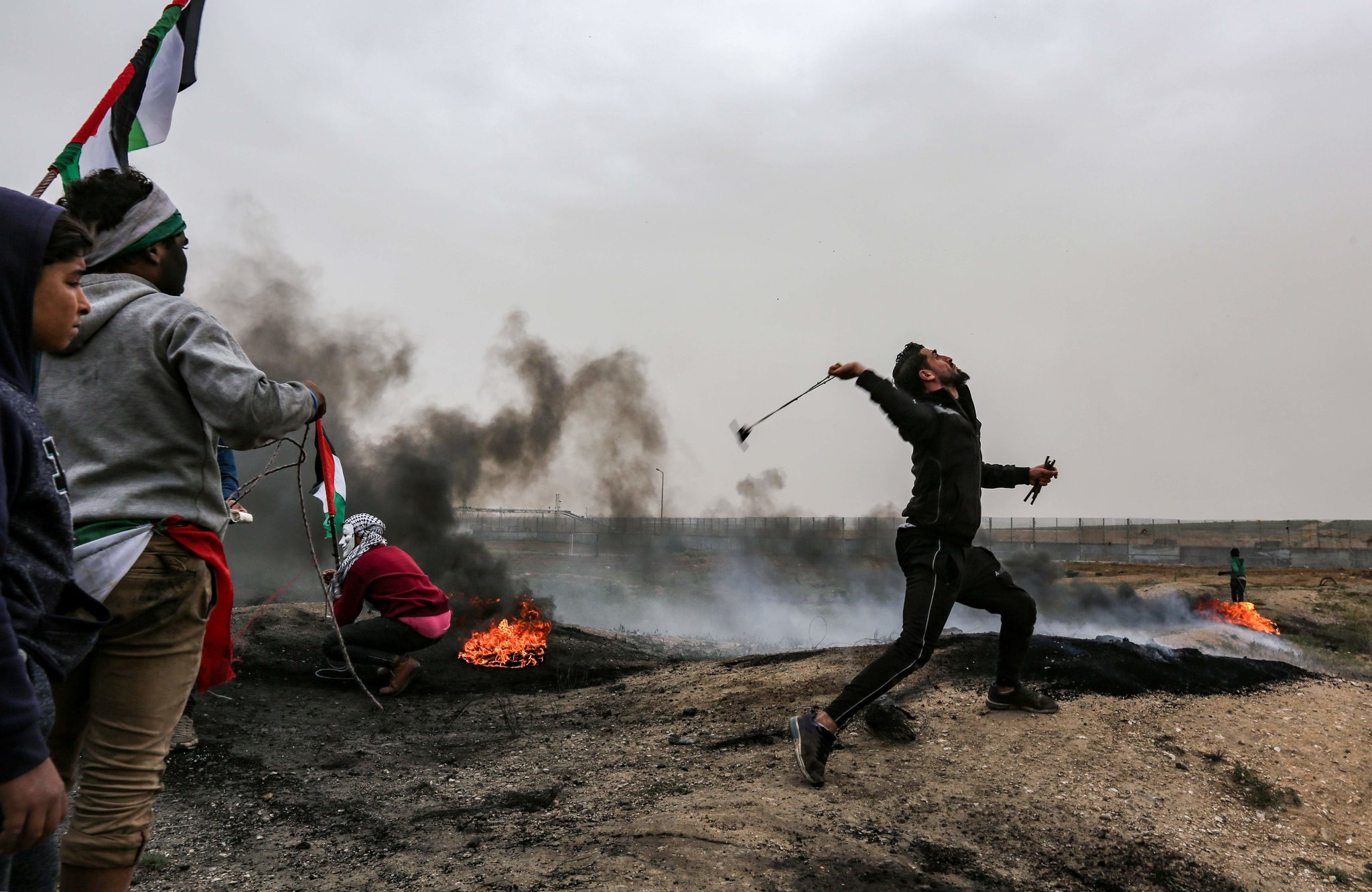 4 killed in clashes with Israeli soldiers in eastern Gaza: medics