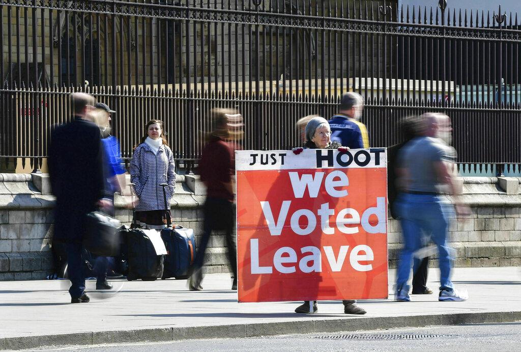 UK Cabinet still seeking way forward on Brexit