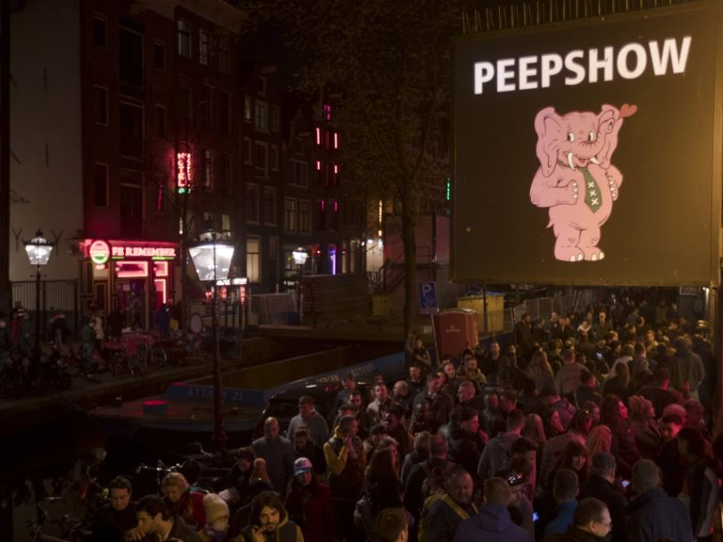 Amsterdam sex workers angry at red light district tours ban