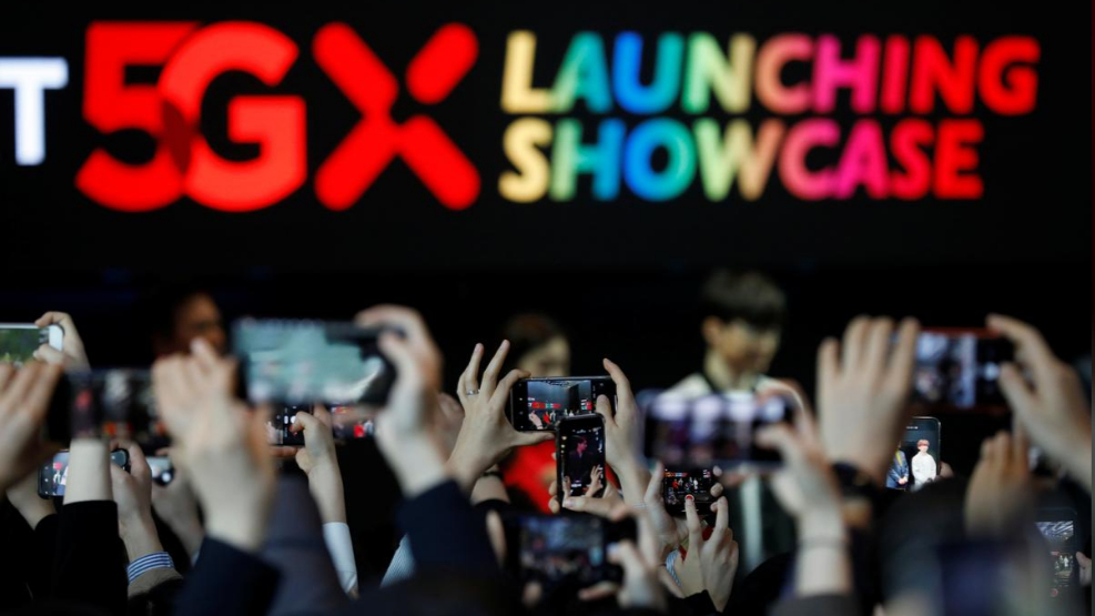 South Korea rolls out 5G services on phones, in race with China and US