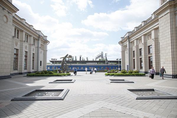 China's NPC delegation visits Belarus