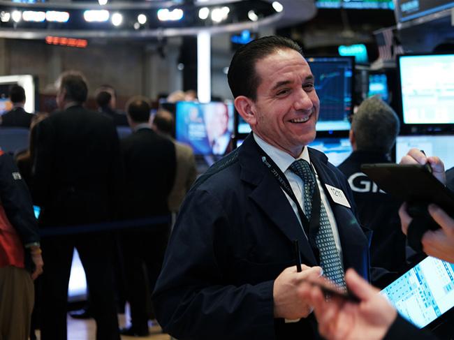US stocks open higher on strong jobs data