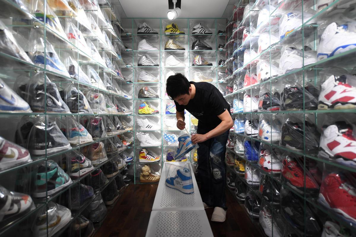 Coming shoe boom's sneak preview
