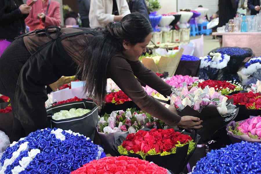 A flowering of prosperity in Yunnan