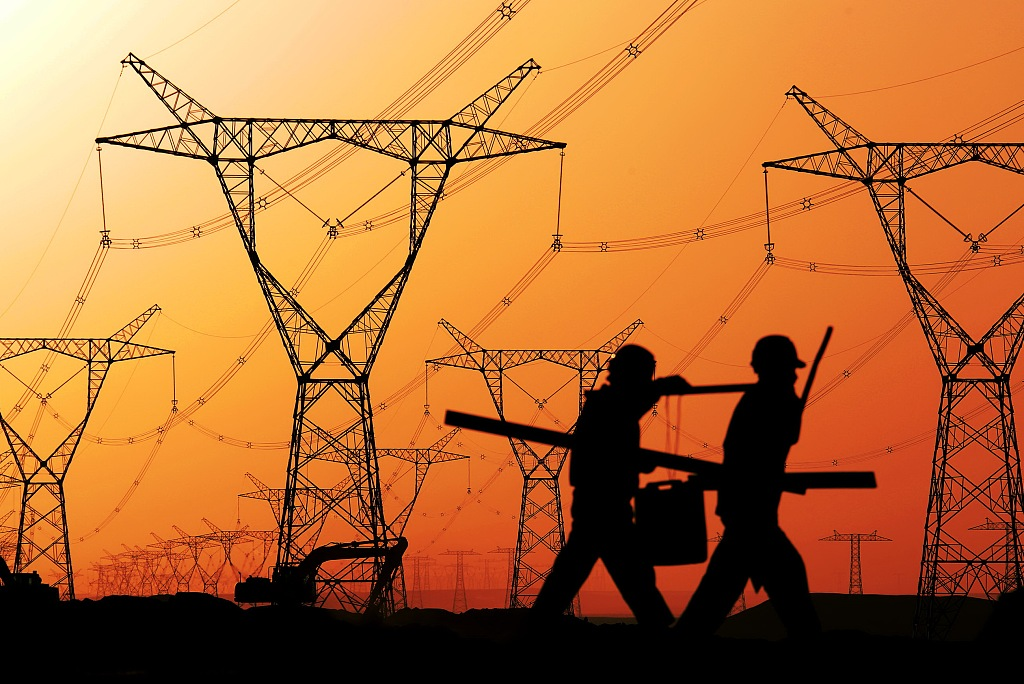 Xinjiang invests 10 bln yuan on power grid upgrades