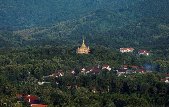 Lao ancient capital attracts more Chinese tourists