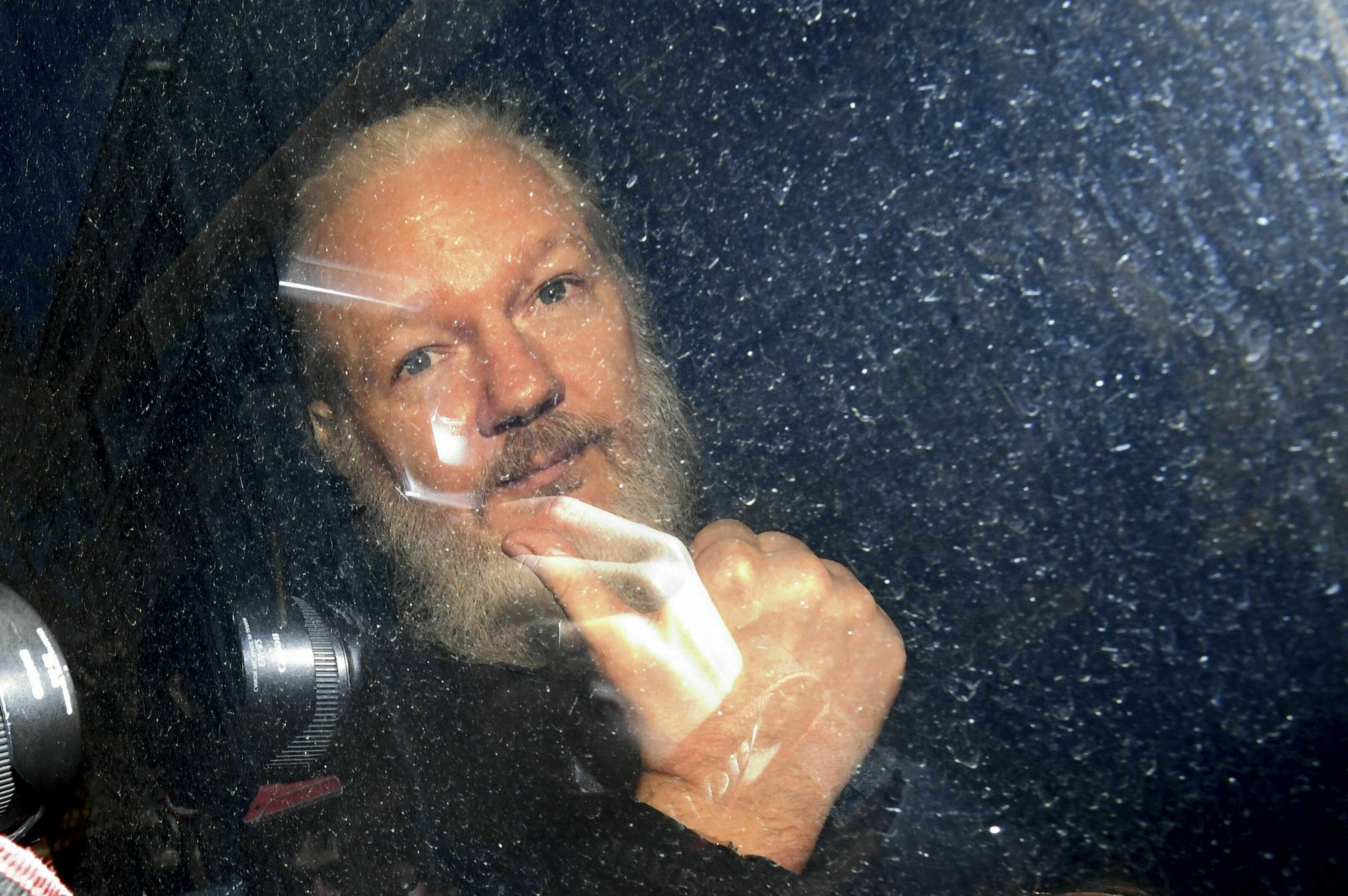 WikiLeaks' Assange arrested in London, faces US charge