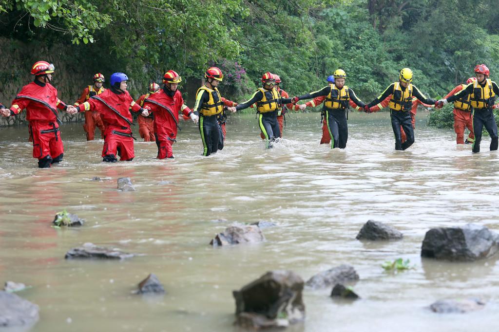 Ten people dead in Shenzhen floods