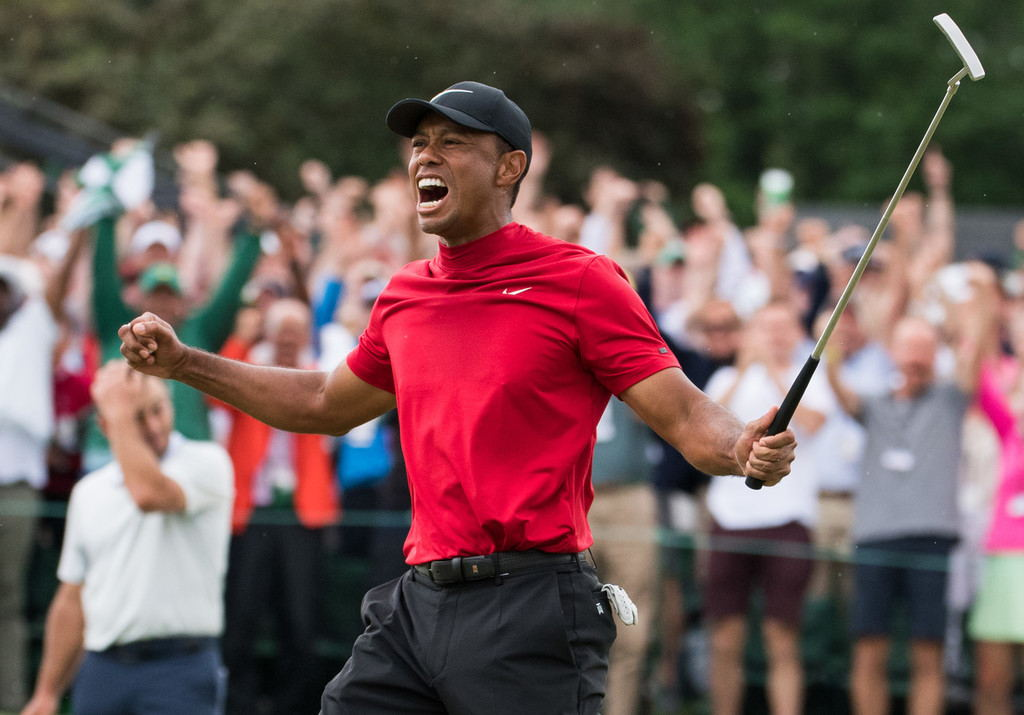 Tiger Woods wins the Masters for the first time since 2005