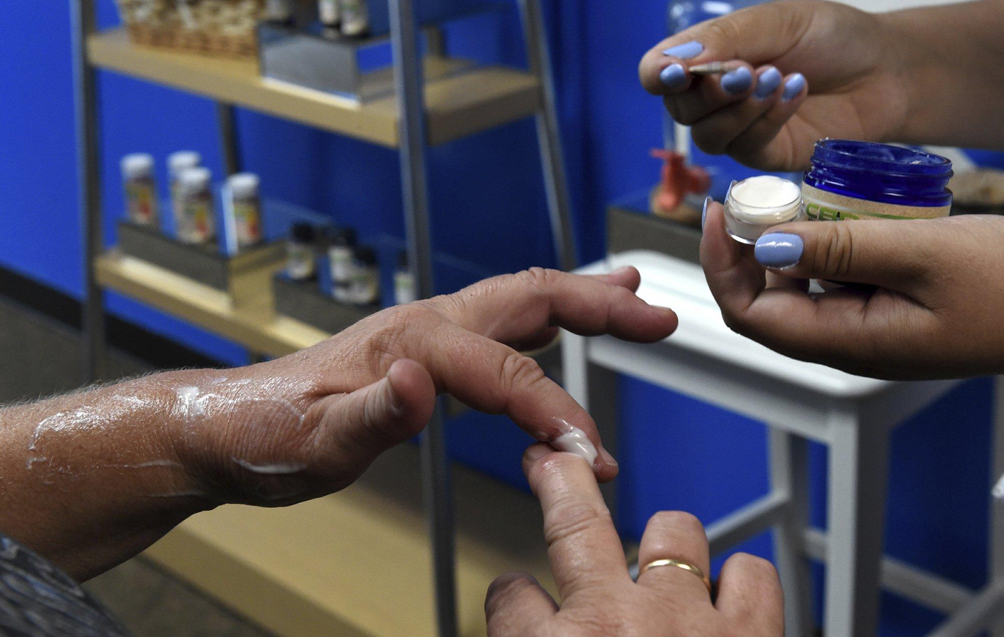 US mainstream retailers embrace marijuana's less taboo cousin