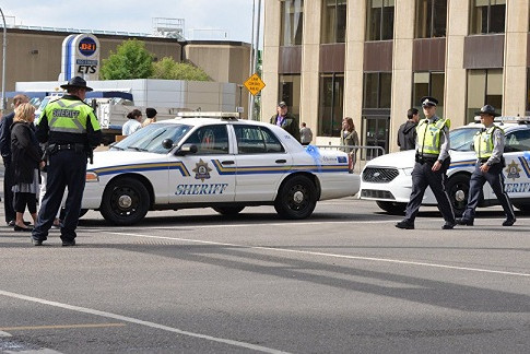 4 killed in shootings in western Canada, 1 male suspect arrested