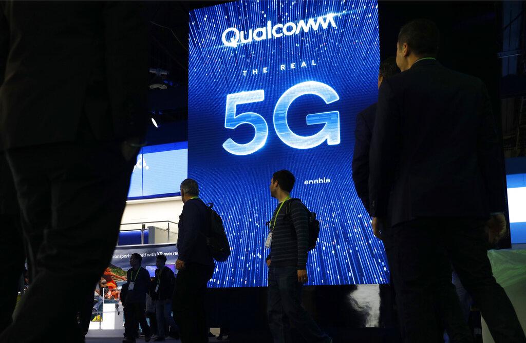 Apple, Qualcomm settle bitter dispute over iPhone technology