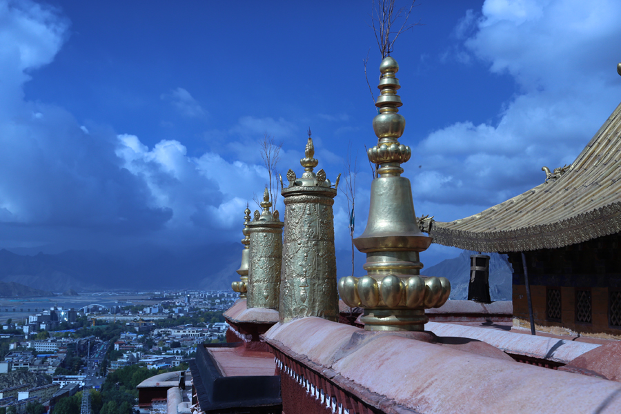 Tibet invests in safety of cultural relics