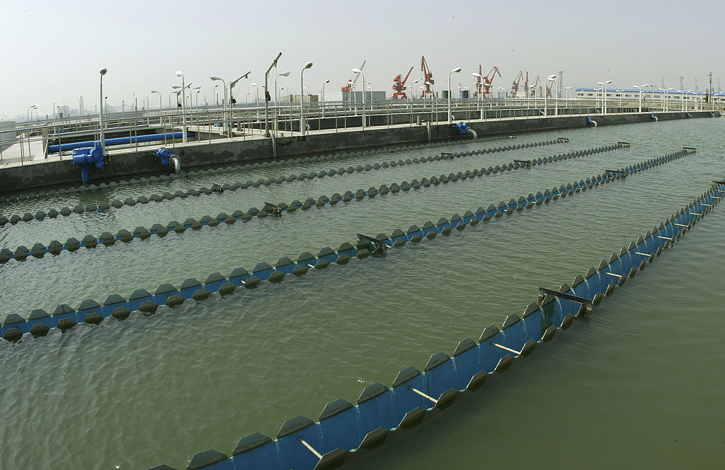 China aims marked cut in water usage by 2020