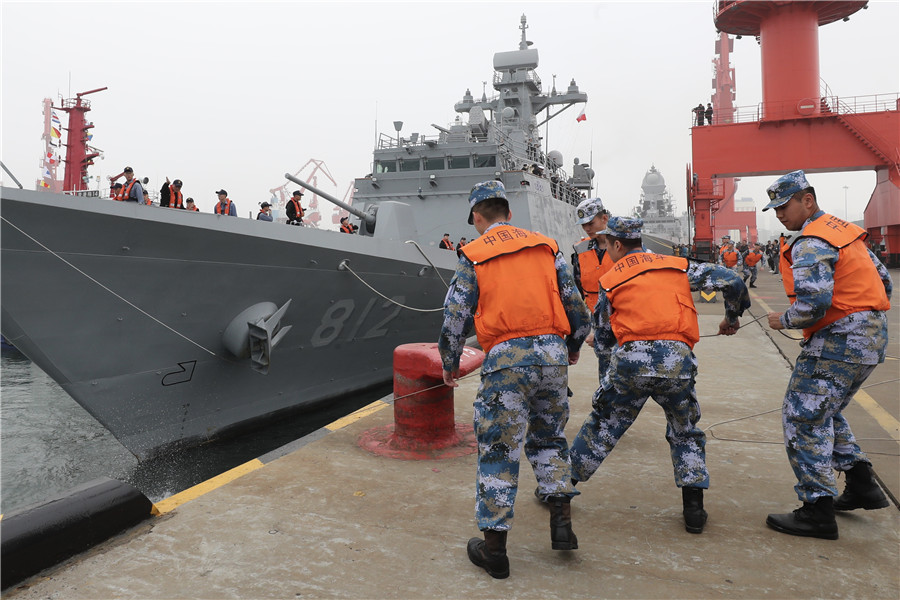 Foreign warships arrive in Qingdao for joint sea parade