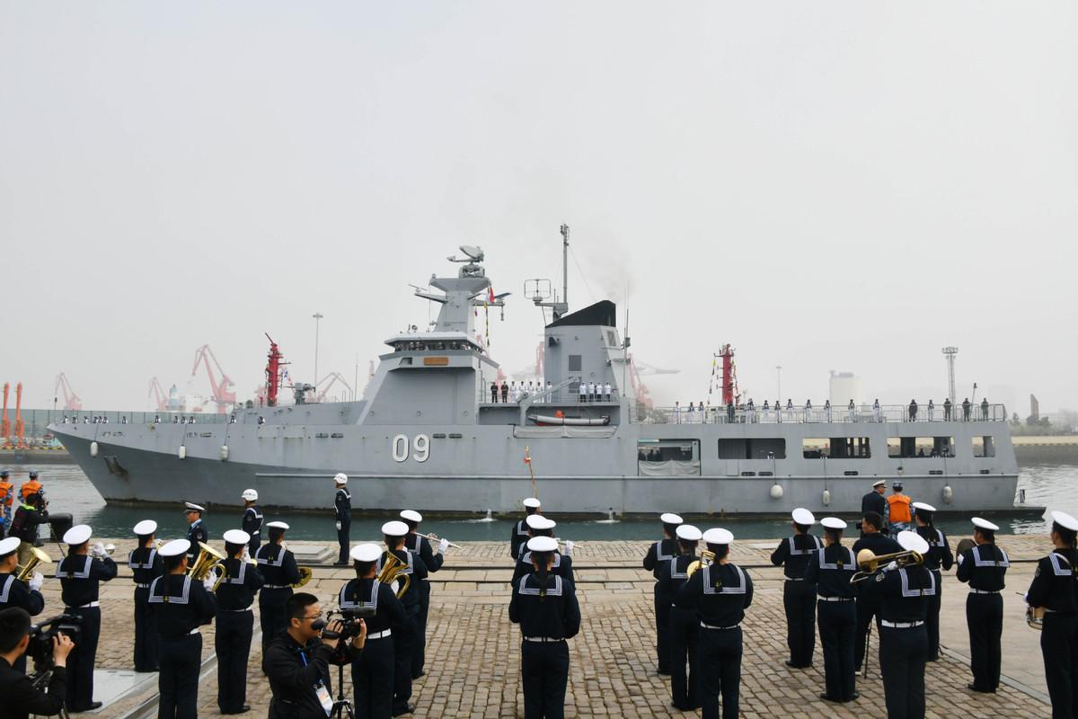 PLA Navy marks founding anniversary