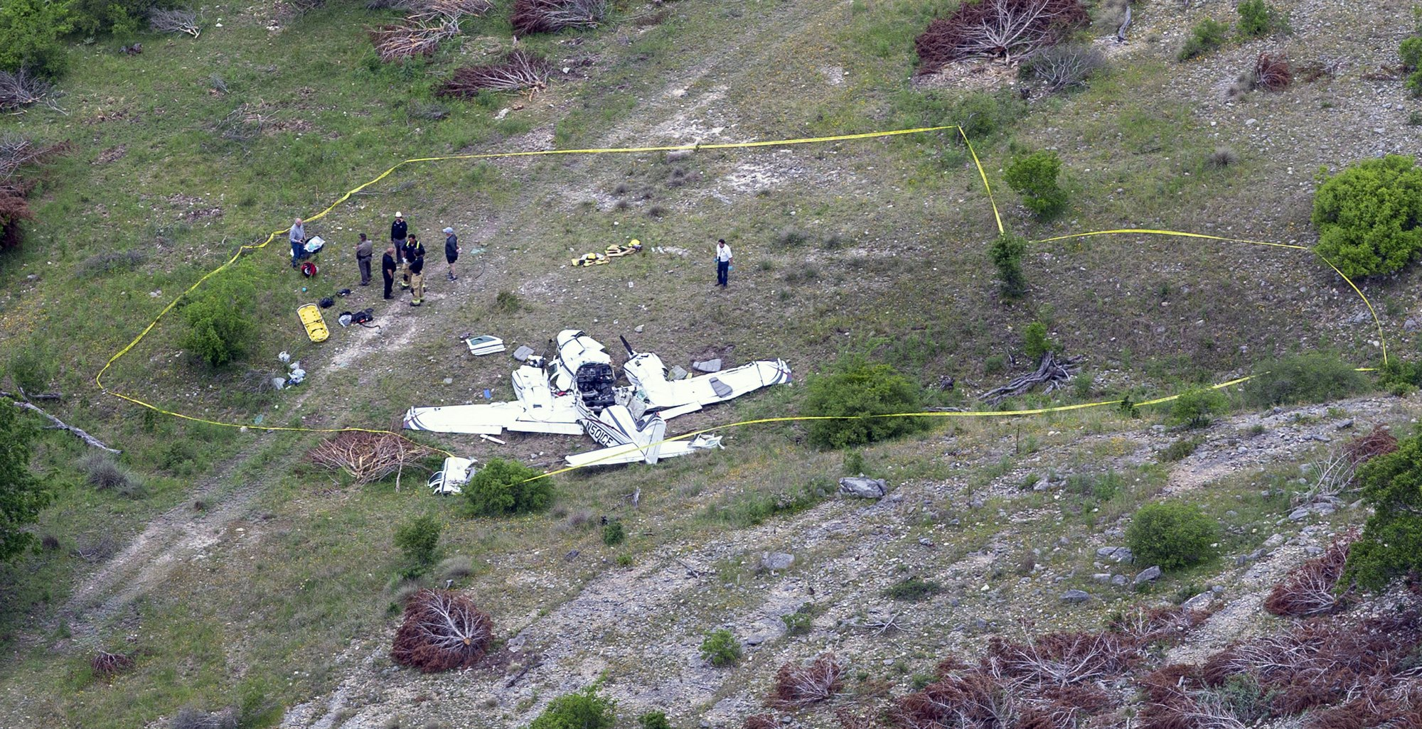US officials say 6 people died in Texas small plane crash