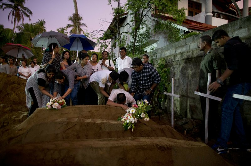 Death toll rises to 359 from Sri Lanka bombings