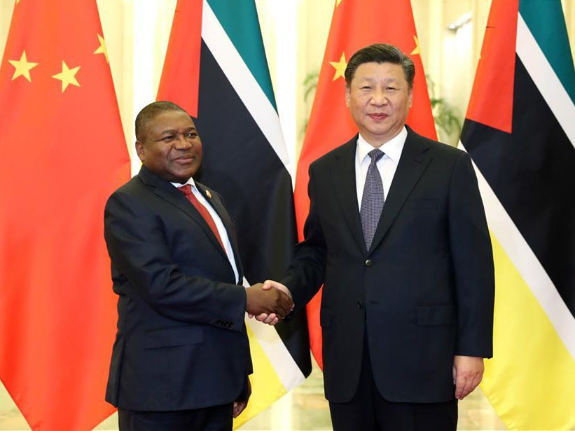 Xi meets Mozambican president