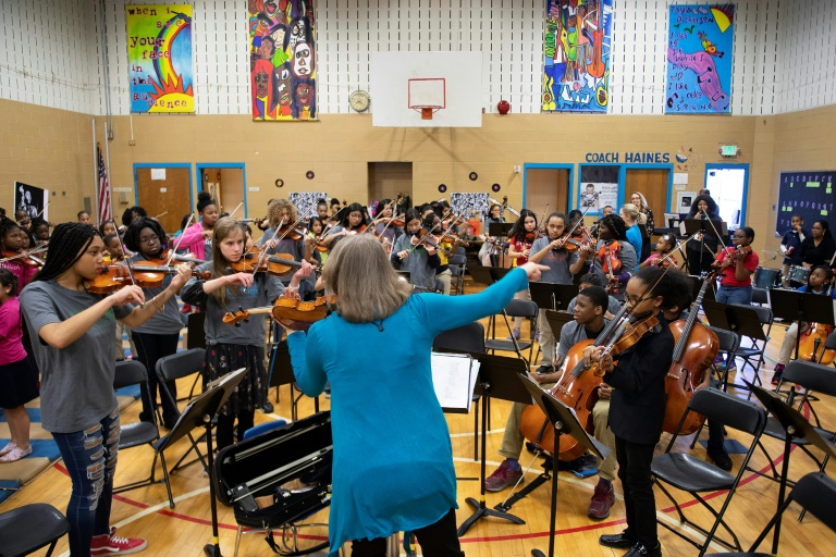 In Baltimore, violins to combat violence