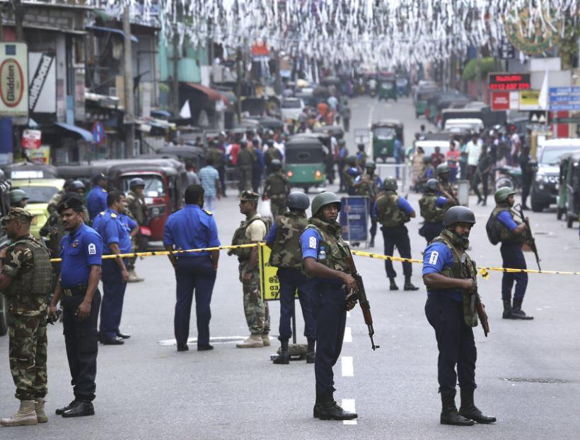 Sri Lankan president bans radical groups following Easter explosions