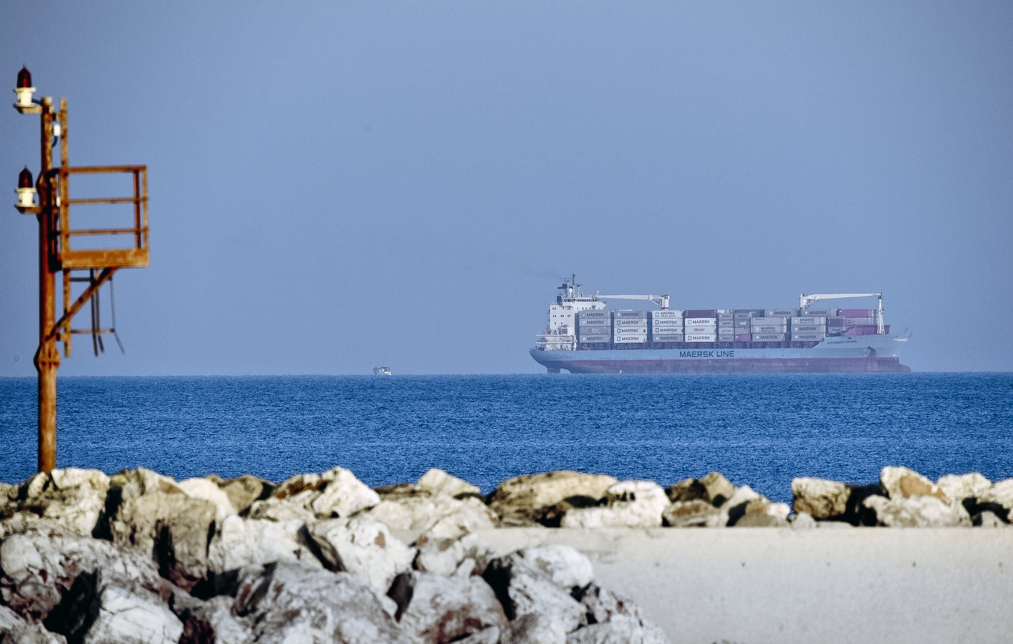 Libya seizes Iranian ship under US, European sanctions