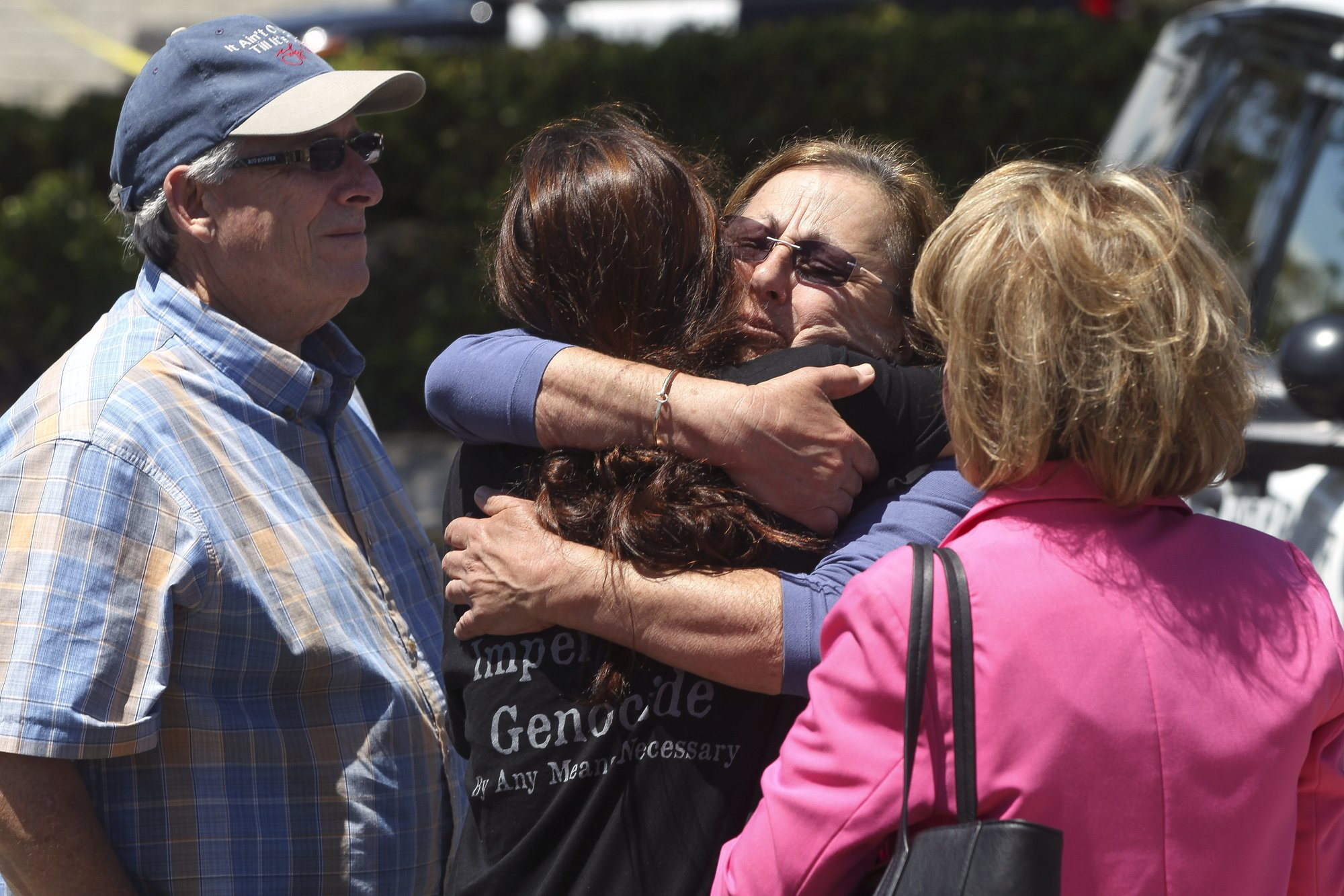 California synagogue shooting suspect identified as 19-year-old