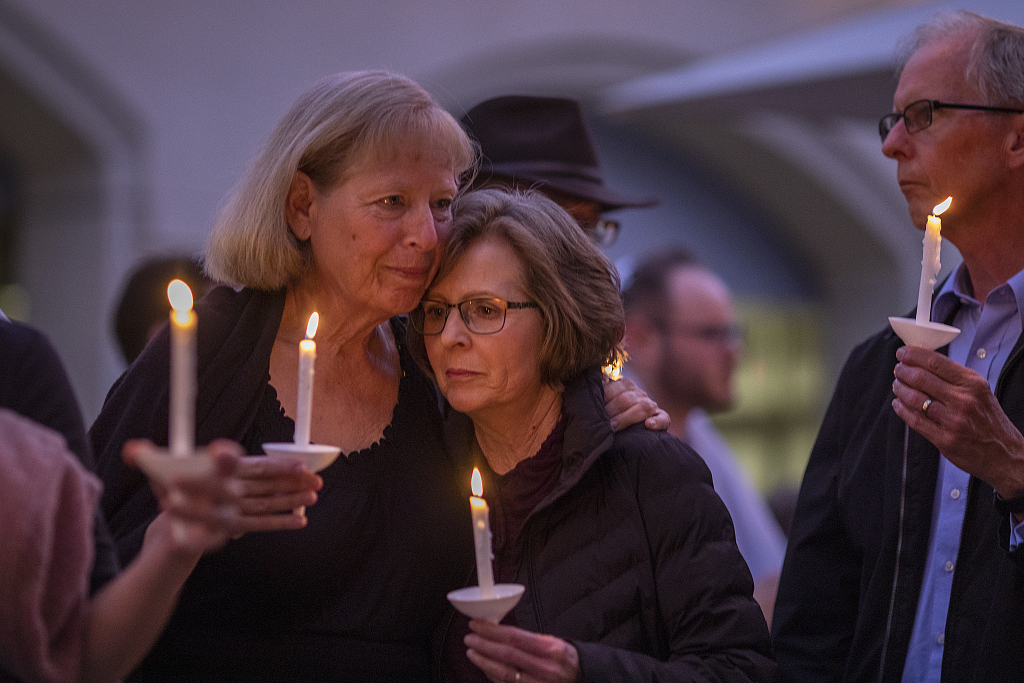 1 dead, 3 injured in California synagogue shooting, suspect identified