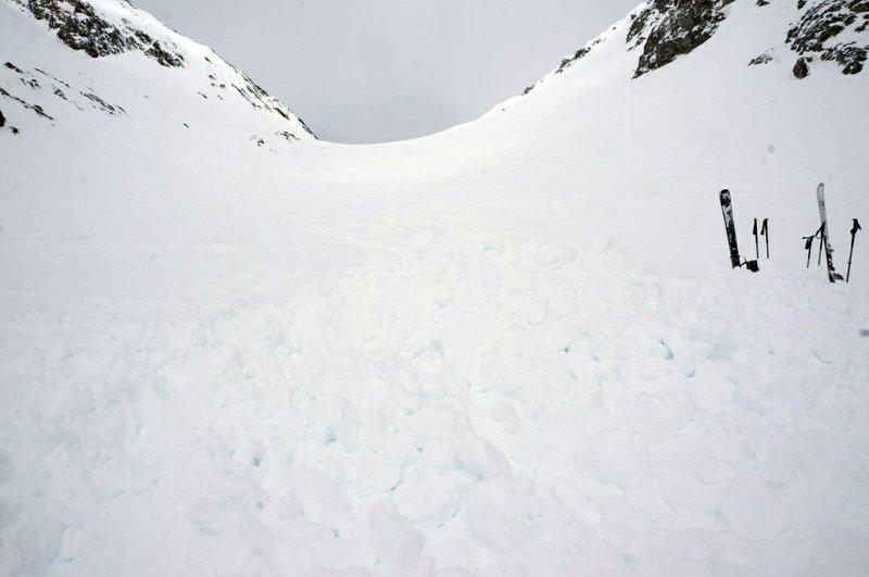 4 German skiers die in avalanche in Switzerland