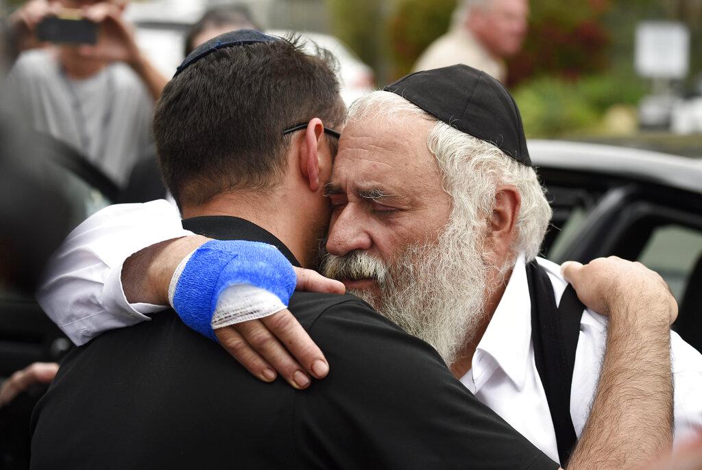 Rabbi says gun 'miraculously jammed' in California attack
