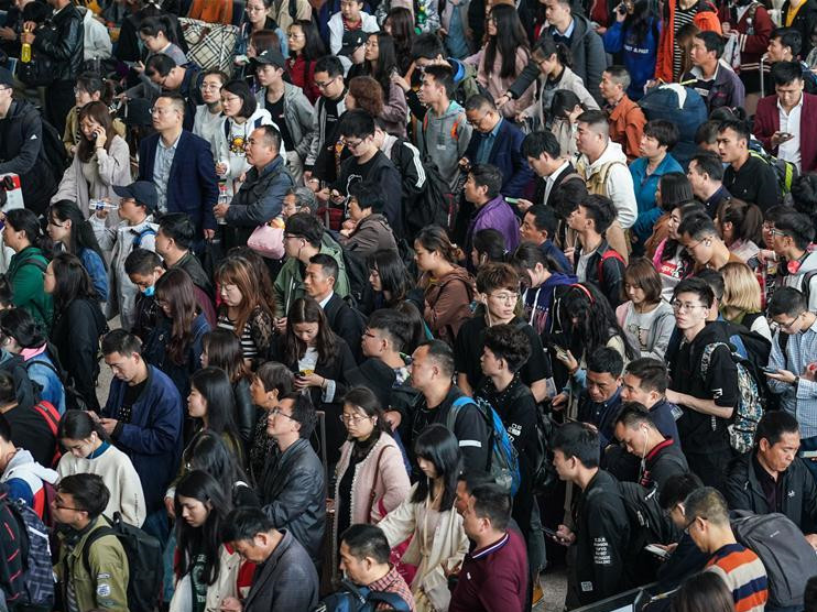 May Day holiday travel rush in China's Jiangsu