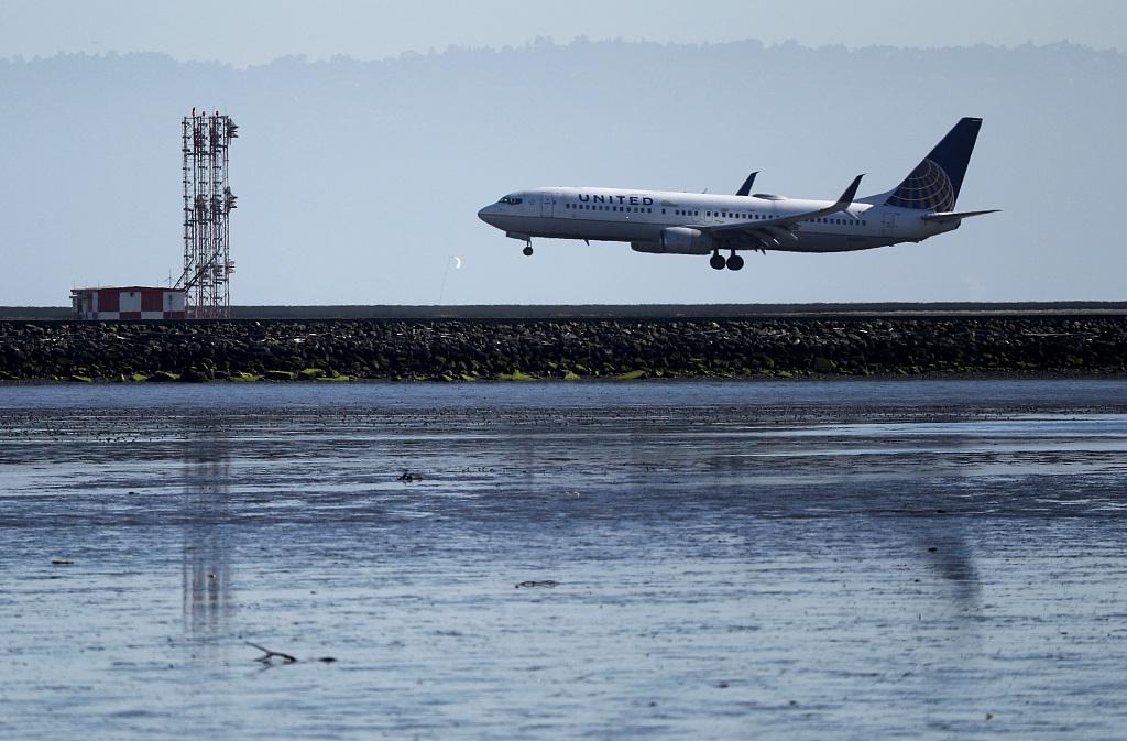 United plane.jpg