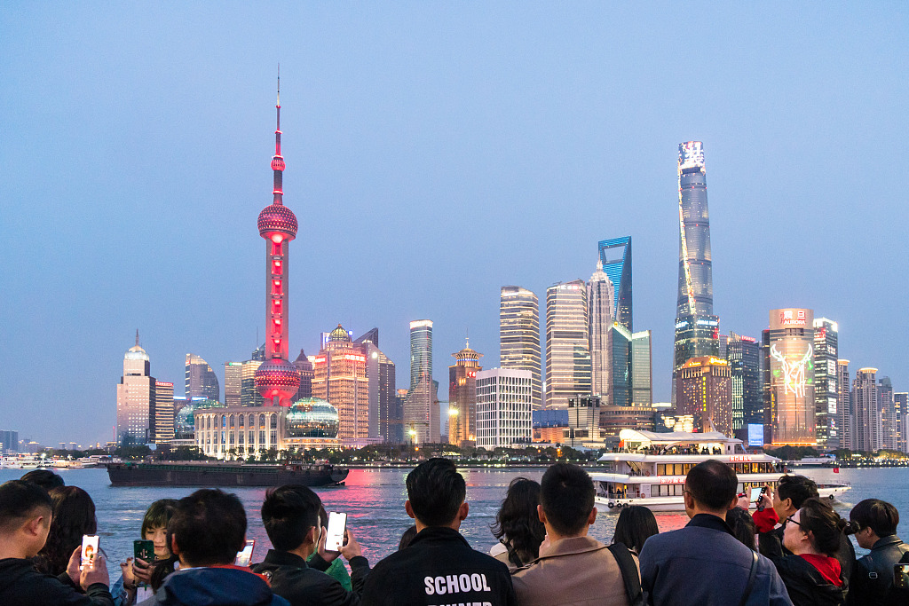 China mulls further opening up financial markets