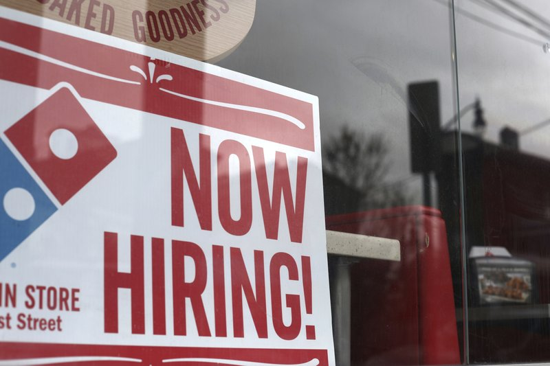 US businesses are hiring; 275K jobs in April