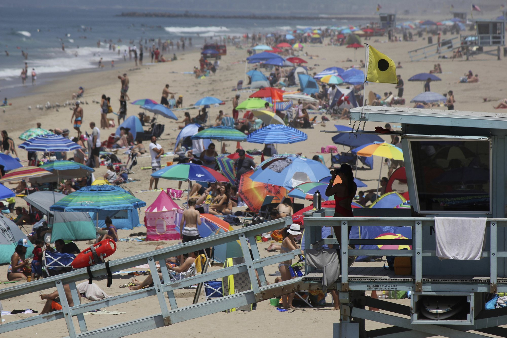 California inches toward 40 mln people, but growth rate slows
