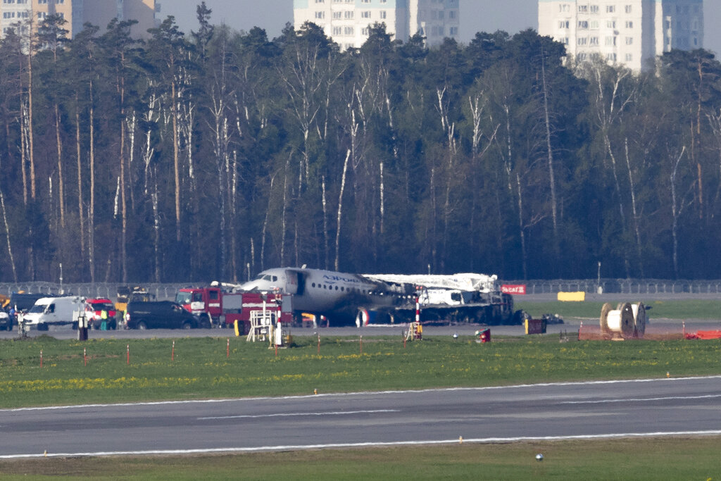 Chinese leaders send condolences over Moscow plane fire