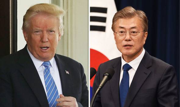 S.Korean president holds phone talks with Trump about Korean Peninsula issue