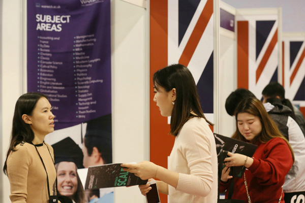 Choices diversified on overseas study