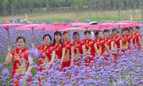 Aging women become new engine of Chinese economy