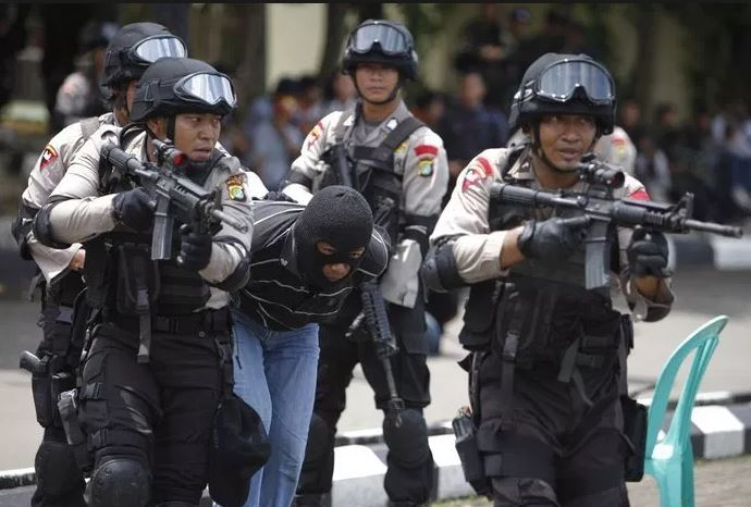 Indonesia police.JPG