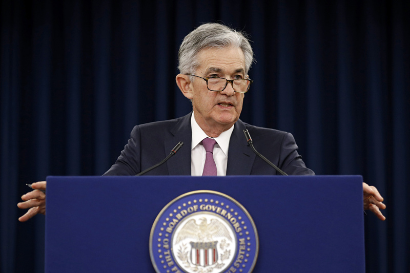 """Fed chairman warns of """"crucial"""" problems faced by US middle class amid slow income growth"""
