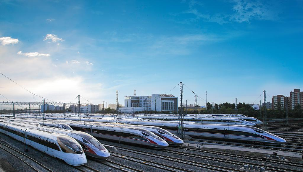 China's high-speed rail carries record 10 billion passengers
