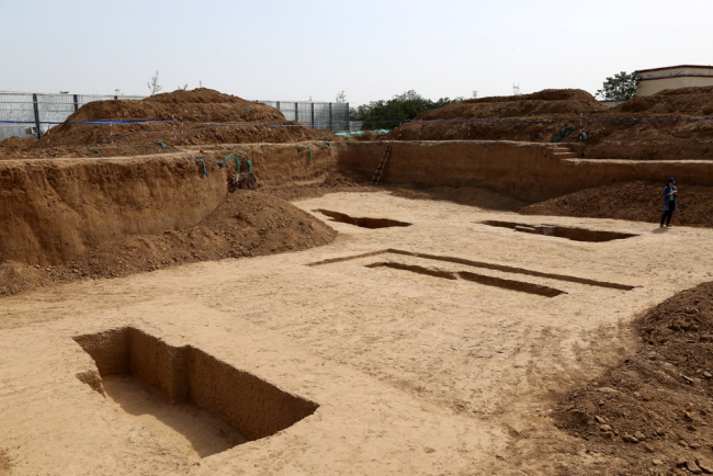 160 ancient tombs discovered in central China