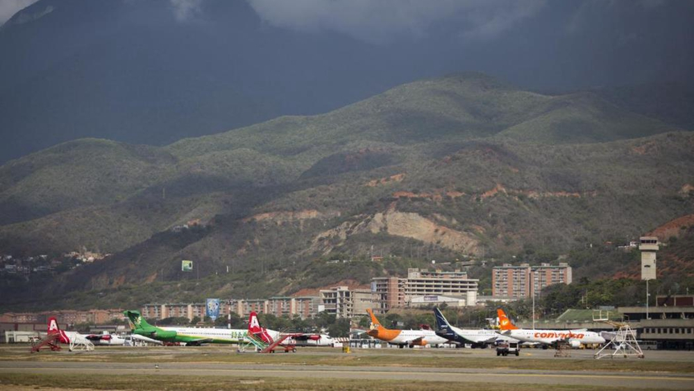 US orders suspension of flights to and from Venezuela