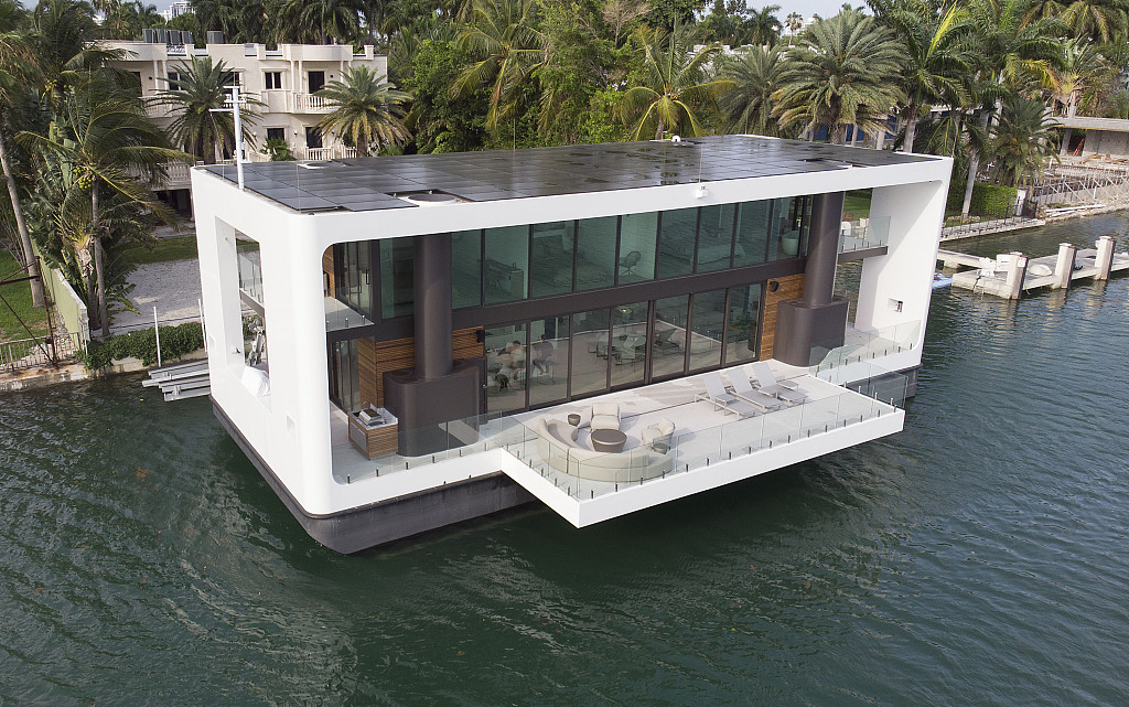 Floating home offers luxury solution to global warming