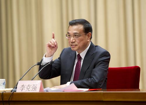 Premier Li urges more efforts to advance medical reforms