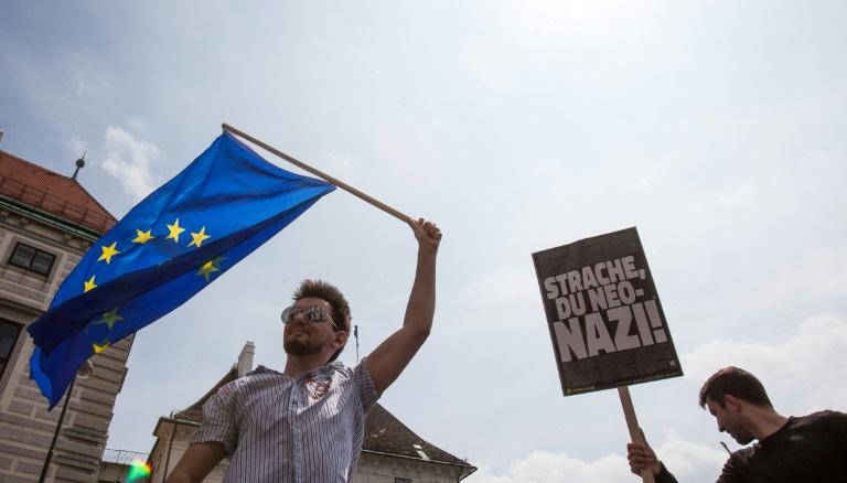 Austrian president calls for September poll in wake of scandal