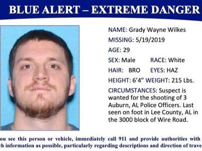 Gunman captured after killing policeman in southeastern US