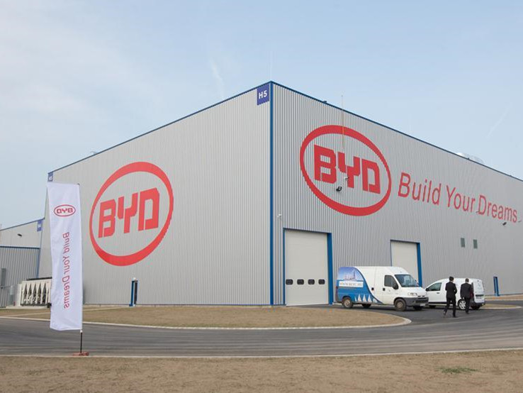 BYD delivers electric buses to Japan